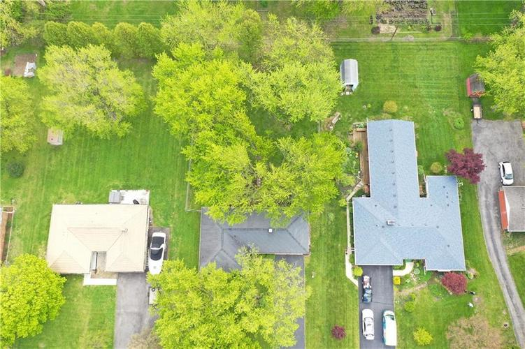8055 Wallingwood Drive Indianapolis IN 46256 | MLS 21709928 | photo 29