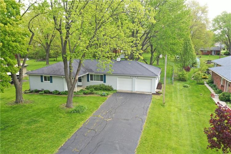 8055 Wallingwood Drive Indianapolis IN 46256 | MLS 21709928 | photo 32