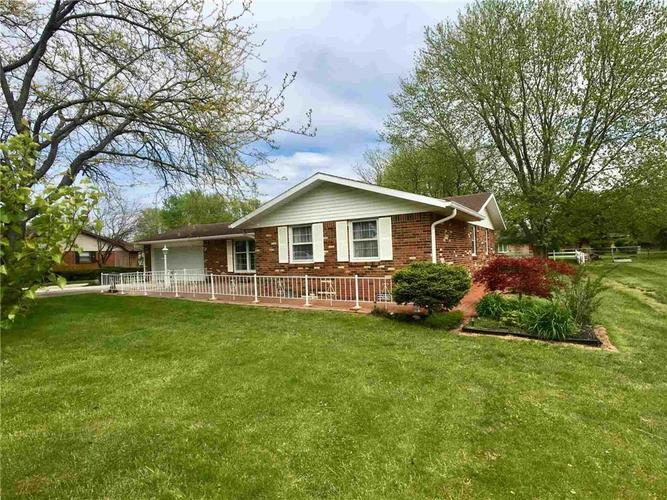 338 S Clearview Drive New Castle IN 47362   MLS 21709934   photo 3