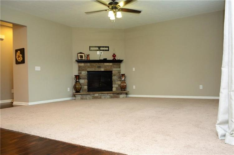 1357 Colinbrook Court Greenwood IN 46143 | MLS 21709968 | photo 22