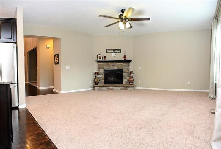 1357 Colinbrook Court Greenwood IN 46143 | MLS 21709968 | photo 23