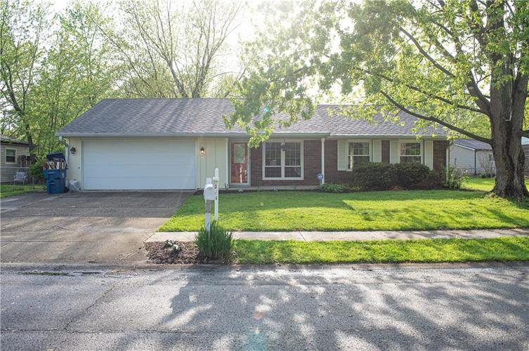 3102 Pawnee Drive Indianapolis IN 46235   MLS 21709981   photo 1