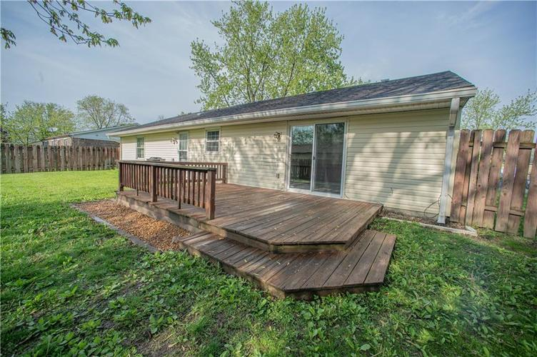 3102 Pawnee Drive Indianapolis IN 46235   MLS 21709981   photo 17