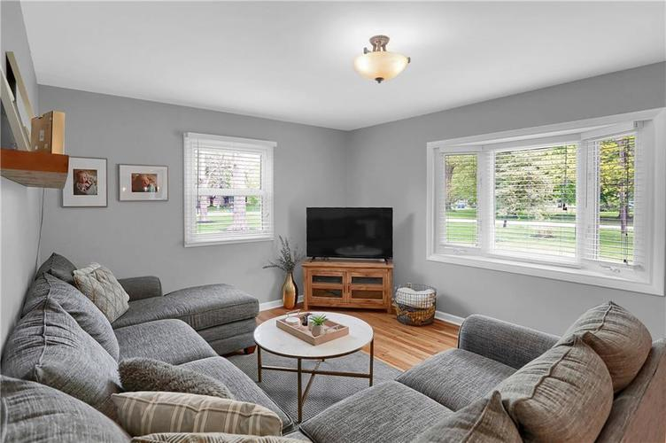 7636 N Chester Avenue Indianapolis IN 46240 | MLS 21709982 | photo 22
