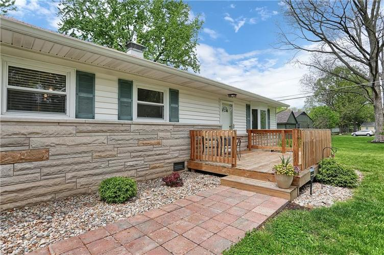 7636 N Chester Avenue Indianapolis IN 46240 | MLS 21709982 | photo 3