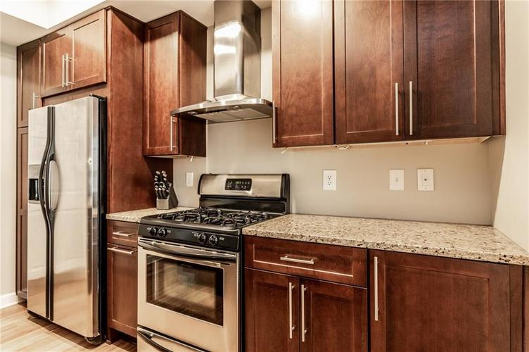 1210 CENTRAL Avenue Indianapolis IN 46202 | MLS 21710025 | photo 10