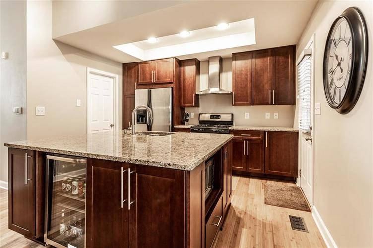 1210 CENTRAL Avenue Indianapolis IN 46202 | MLS 21710025 | photo 11