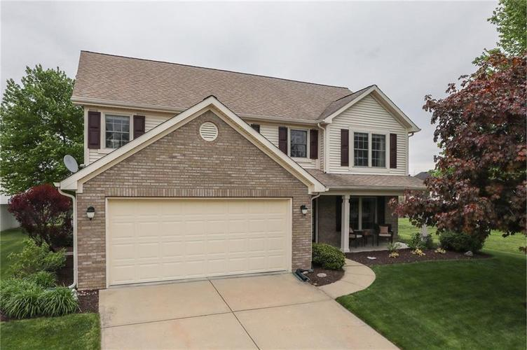 3130 Shadow Lake Drive Indianapolis IN 46217   MLS 21710038   photo 2