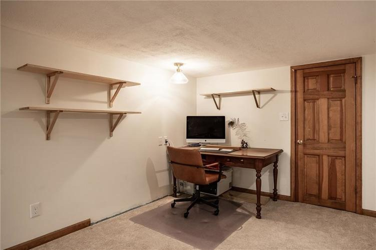 6407 BROADWAY Street Indianapolis IN 46220 | MLS 21710076 | photo 27