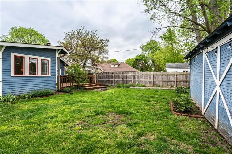 6407 BROADWAY Street Indianapolis IN 46220 | MLS 21710076 | photo 33