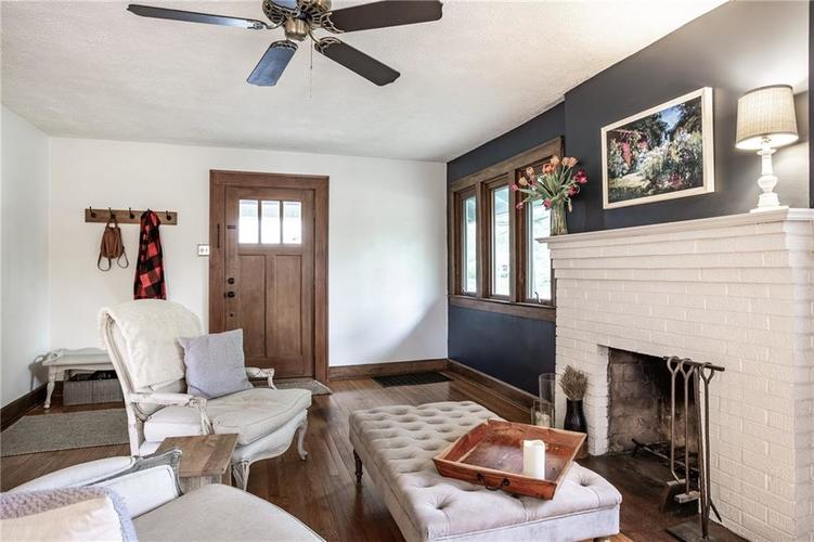 6407 BROADWAY Street Indianapolis IN 46220 | MLS 21710076 | photo 8