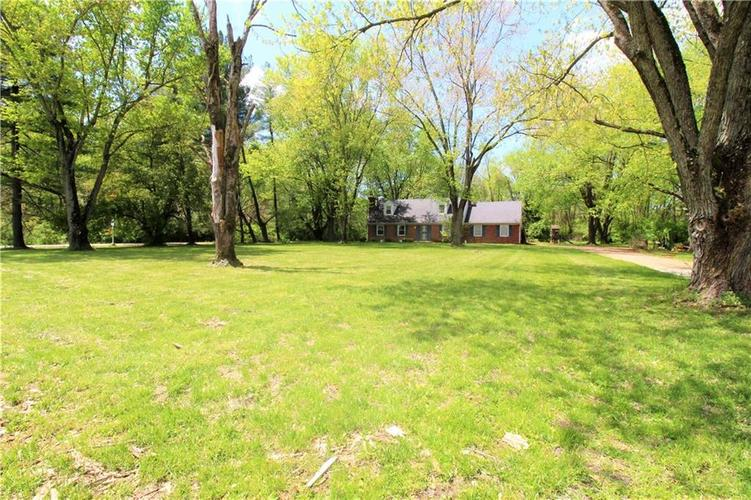 5422 Mann Road Indianapolis IN 46221 | MLS 21710081 | photo 2