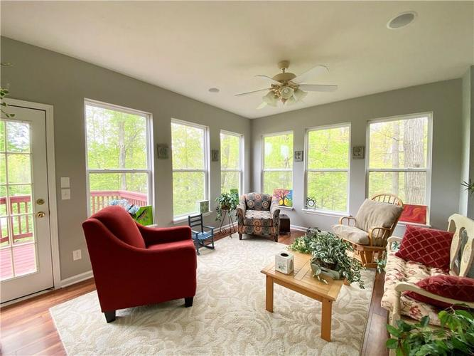 9743 Trevia Drive Indianapolis IN 46236 | MLS 21710094 | photo 10