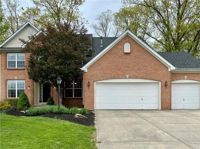 9743 Trevia Drive Indianapolis IN 46236 | MLS 21710094 | photo 2