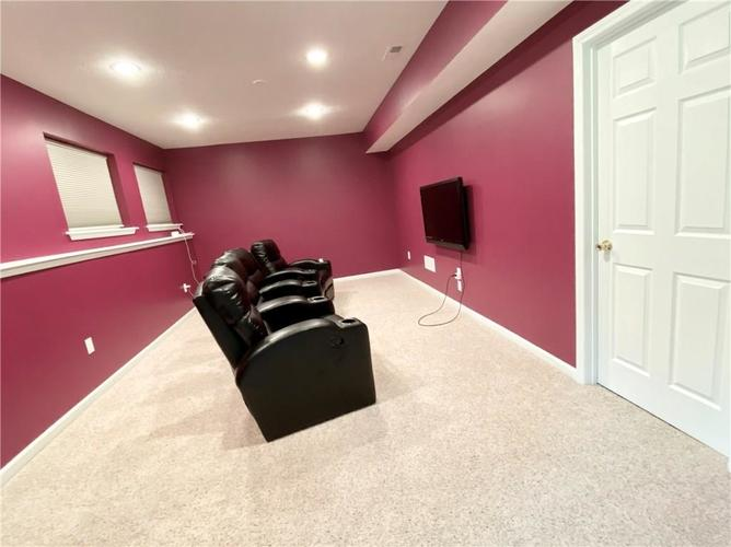 9743 Trevia Drive Indianapolis IN 46236 | MLS 21710094 | photo 49