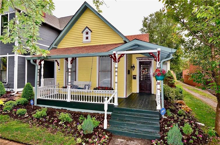 225 E 11th Street Indianapolis IN 46202 | MLS 21710099 | photo 1