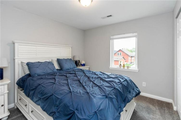 819 Lincoln Street Indianapolis IN 46203 | MLS 21710110 | photo 13