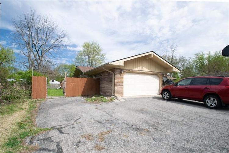 6833 HI VU Drive Indianapolis IN 46227 | MLS 21710112 | photo 1