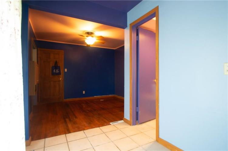 6833 HI VU Drive Indianapolis IN 46227 | MLS 21710112 | photo 25