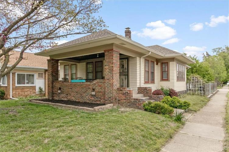 2657 S MANKER Street Indianapolis IN 46203 | MLS 21710141 | photo 1