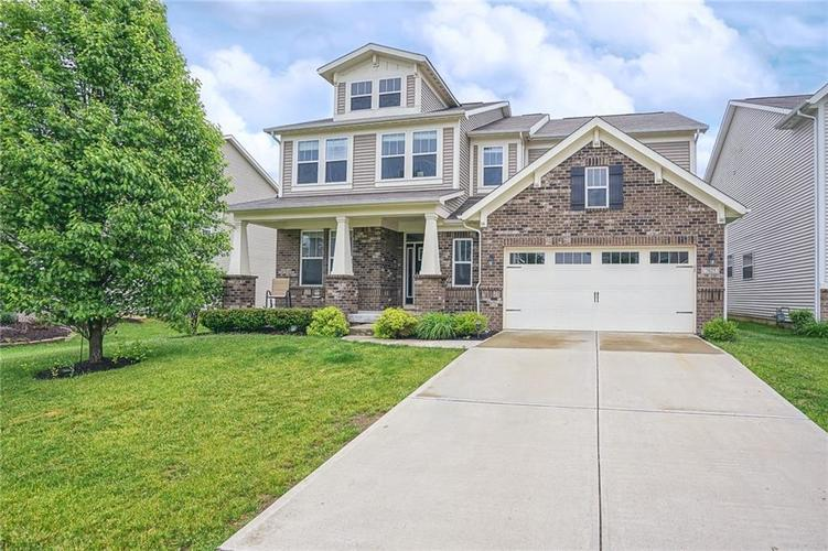 7825 Ringtail Circle Zionsville IN 46077 | MLS 21710145 | photo 1