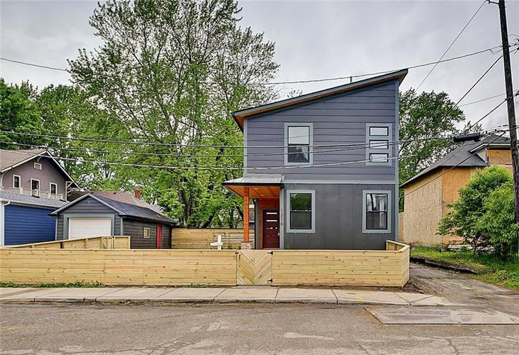 1216 N Beville Avenue Indianapolis IN 46201 | MLS 21710148 | photo 2