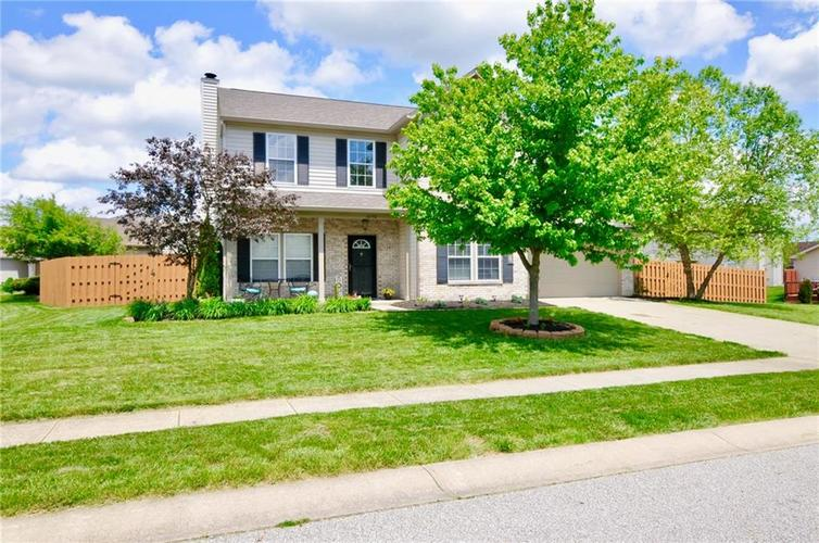 10598 ARMSTEAD Avenue Indianapolis IN 46234 | MLS 21710168 | photo 1
