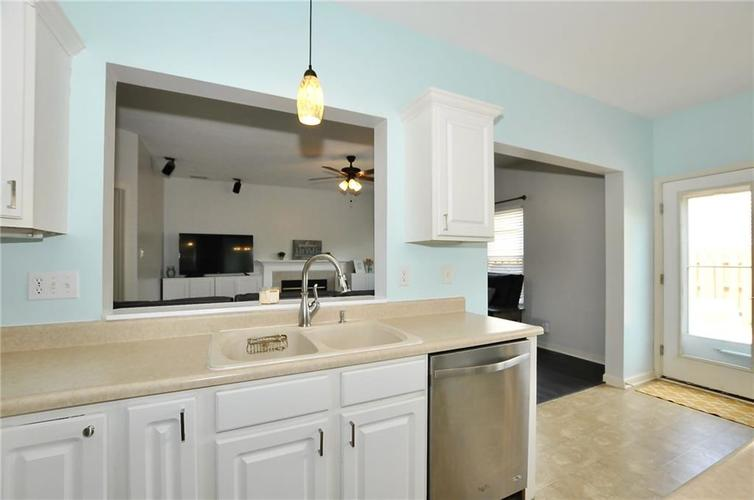 10598 ARMSTEAD Avenue Indianapolis IN 46234 | MLS 21710168 | photo 17