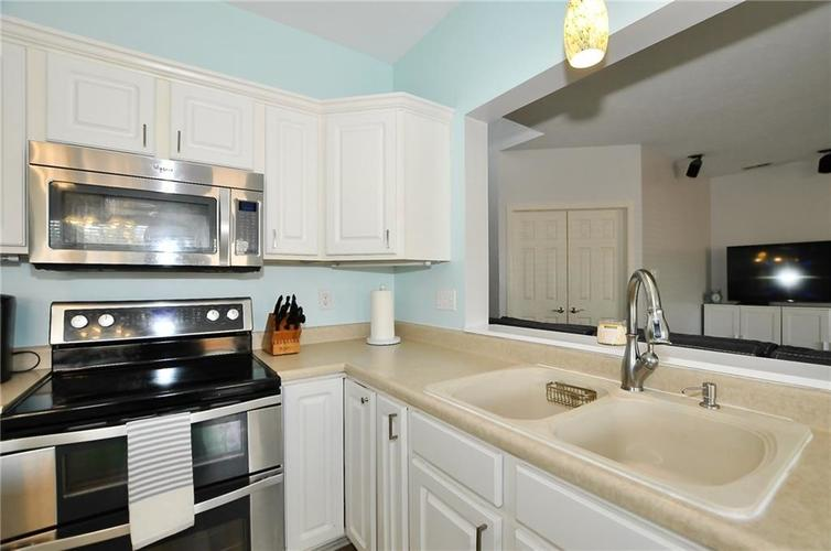10598 ARMSTEAD Avenue Indianapolis IN 46234 | MLS 21710168 | photo 19