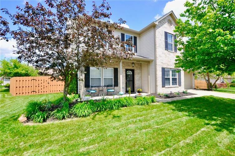 10598 ARMSTEAD Avenue Indianapolis IN 46234 | MLS 21710168 | photo 2