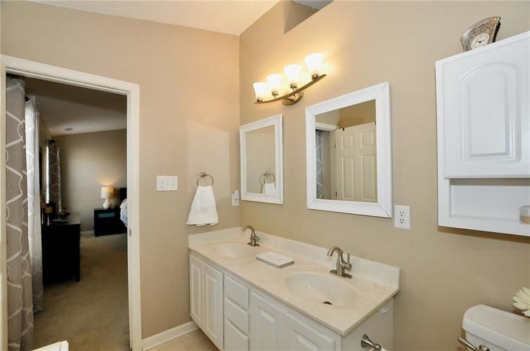 10598 ARMSTEAD Avenue Indianapolis IN 46234 | MLS 21710168 | photo 31
