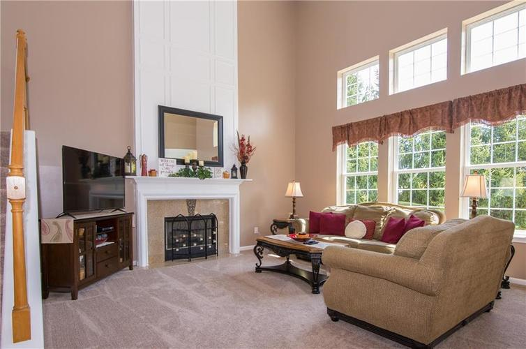 19108 Mill Grove Drive Noblesville IN 46062 | MLS 21710191 | photo 12