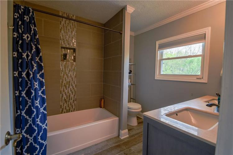 8140 W 800 N Fairland IN 46126 | MLS 21710211 | photo 18