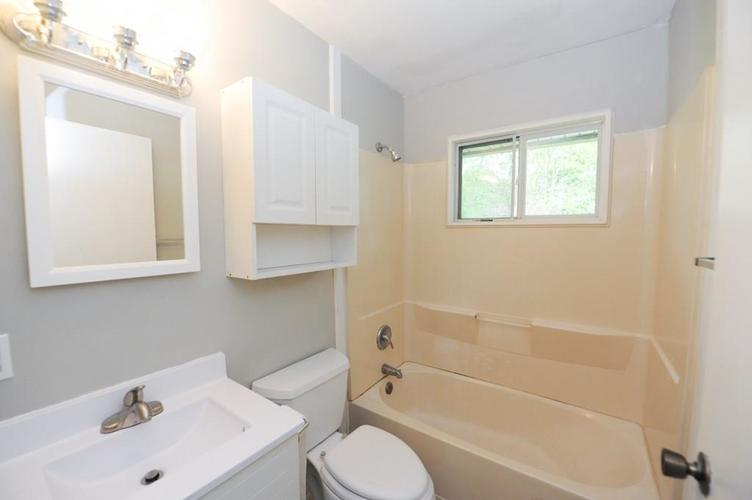 11012 College Ave N Indianapolis IN 46280   MLS 21710215   photo 30