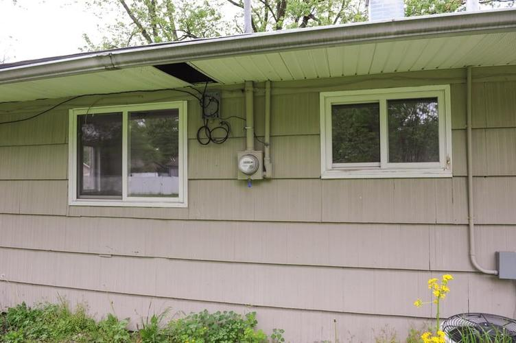 11012 College Ave N Indianapolis IN 46280   MLS 21710215   photo 38