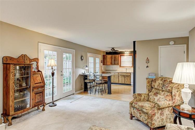7524 Eagle Valley Pass Indianapolis IN 46214 | MLS 21710217 | photo 11