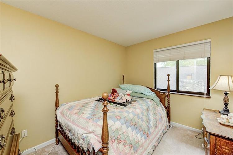 7524 Eagle Valley Pass Indianapolis IN 46214 | MLS 21710217 | photo 25
