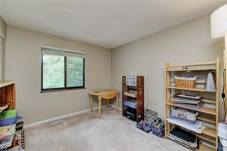 7524 Eagle Valley Pass Indianapolis IN 46214 | MLS 21710217 | photo 28