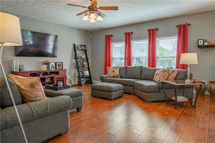 8127 Grassy Meadow Court Indianapolis IN 46259   MLS 21710227   photo 19