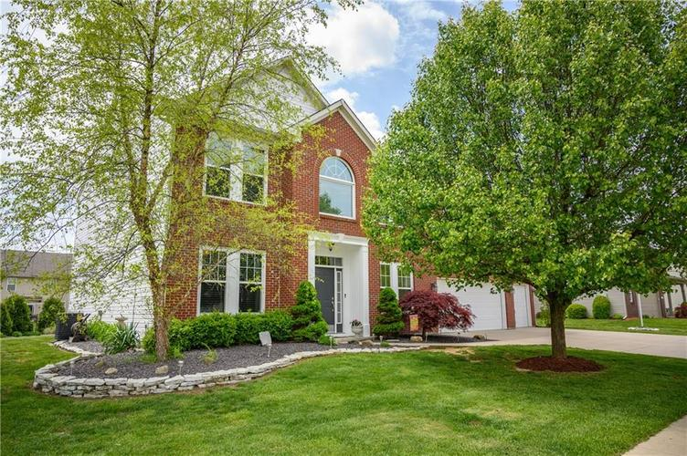 8127 Grassy Meadow Court Indianapolis IN 46259   MLS 21710227   photo 4