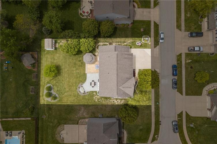 8127 Grassy Meadow Court Indianapolis IN 46259   MLS 21710227   photo 45