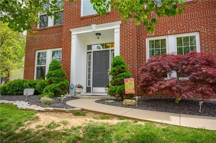 8127 Grassy Meadow Court Indianapolis IN 46259   MLS 21710227   photo 5