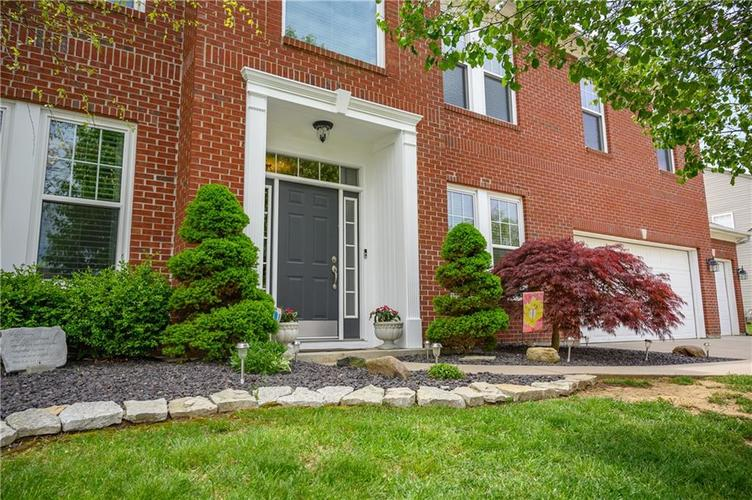 8127 Grassy Meadow Court Indianapolis IN 46259   MLS 21710227   photo 6