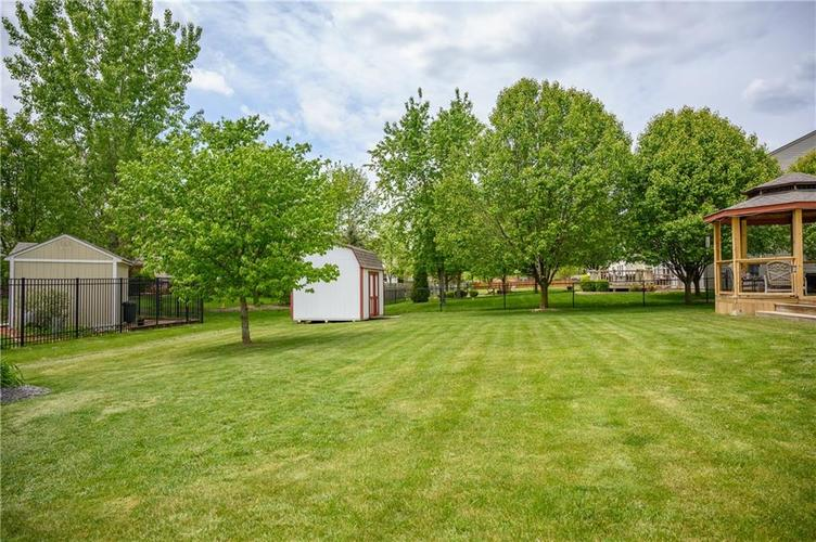 8127 Grassy Meadow Court Indianapolis IN 46259   MLS 21710227   photo 60