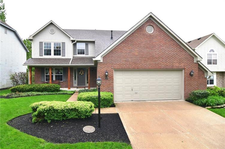 3343 Yorkshire Drive Greenwood IN 46143 | MLS 21710233 | photo 1