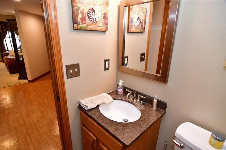 3343 Yorkshire Drive Greenwood IN 46143 | MLS 21710233 | photo 20