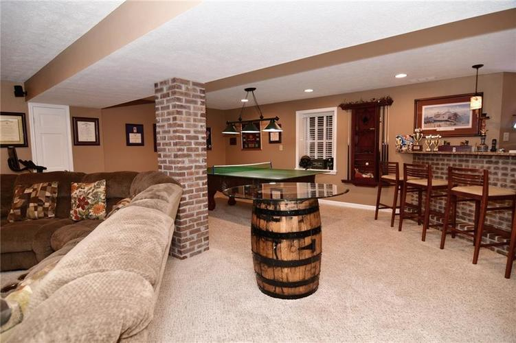 3343 Yorkshire Drive Greenwood IN 46143 | MLS 21710233 | photo 33