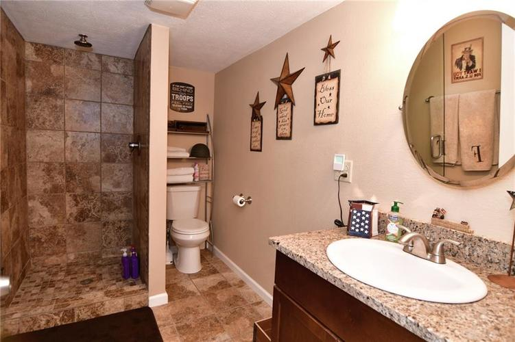 3343 Yorkshire Drive Greenwood IN 46143 | MLS 21710233 | photo 41