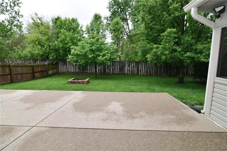 3343 Yorkshire Drive Greenwood IN 46143 | MLS 21710233 | photo 44