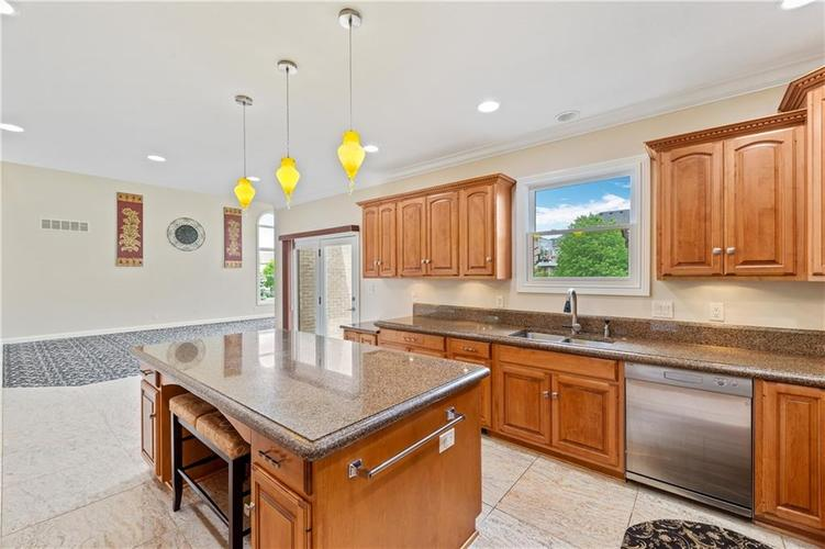 5432 Ashby Court Greenwood IN 46143 | MLS 21710253 | photo 14